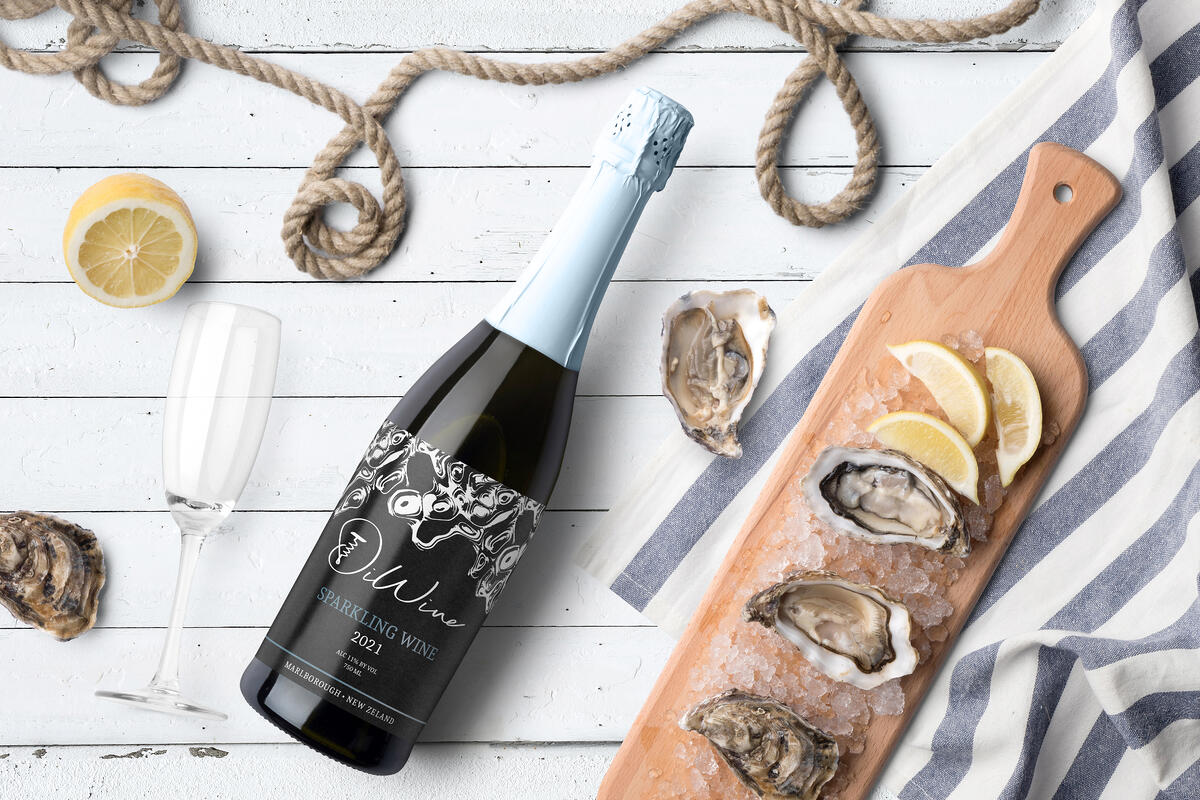 Sparkling wine with Oysters